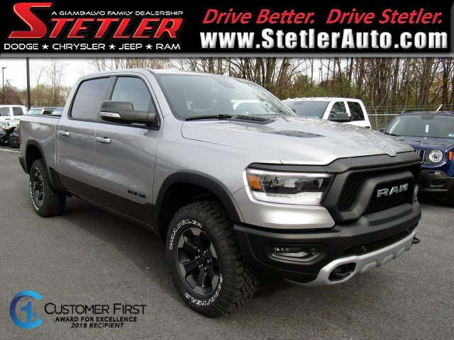 2019 Ram 1500 Crew Cab 4x4,  Pickup #724671 - photo 1