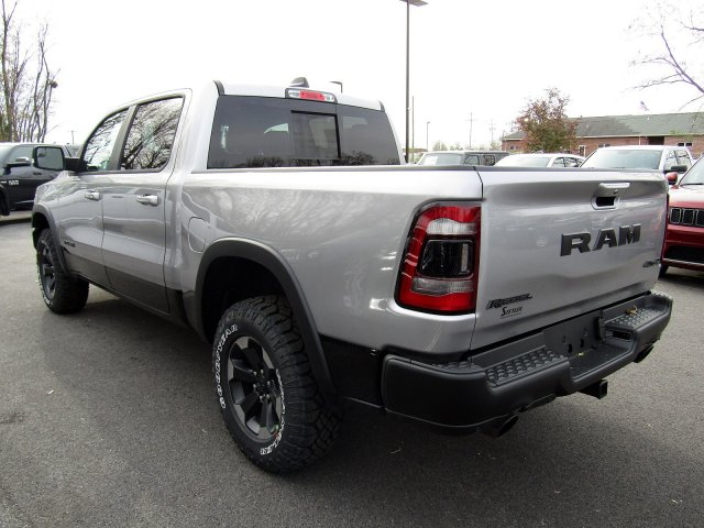 2019 Ram 1500 Crew Cab 4x4,  Pickup #724671 - photo 5