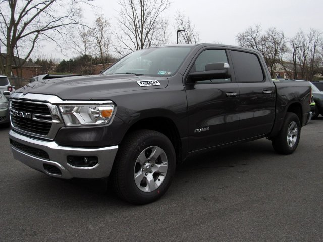 2019 Ram 1500 Crew Cab 4x4,  Pickup #725093 - photo 4