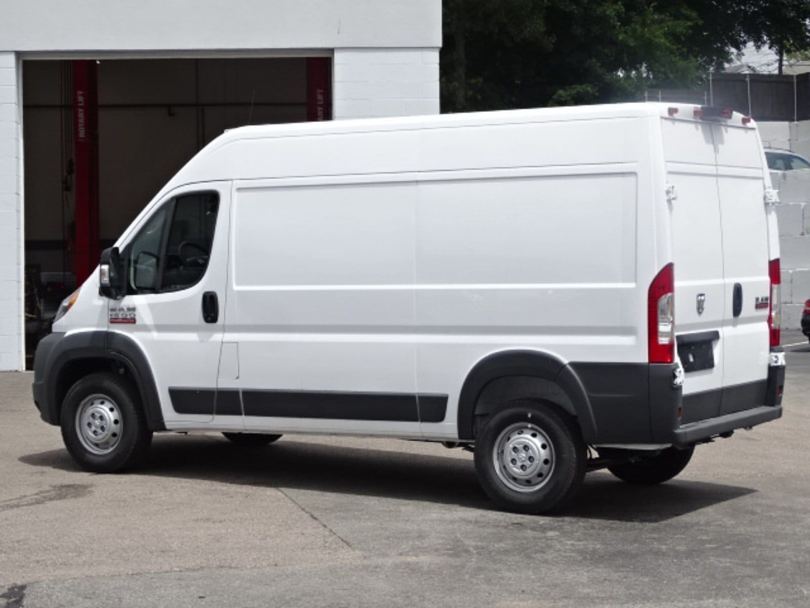 2018 ProMaster 1500 High Roof FWD,  Empty Cargo Van #D3271 - photo 2