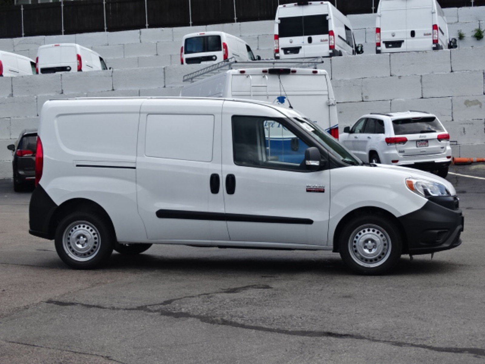 2018 ProMaster City FWD,  Empty Cargo Van #D3319 - photo 4