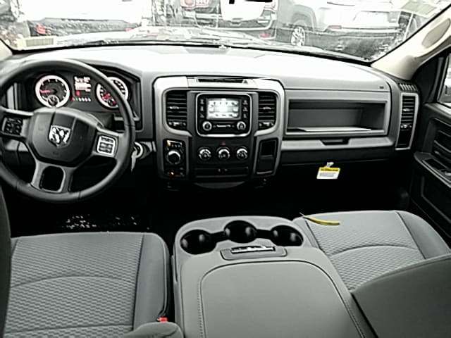 2018 Ram 1500 Quad Cab 4x4,  Pickup #485198 - photo 2