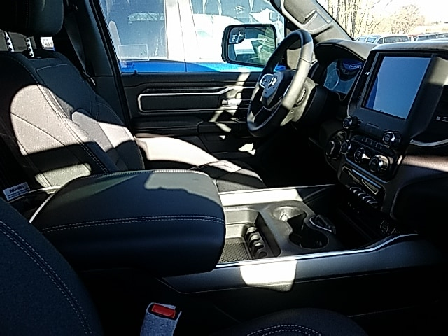 2019 Ram 1500 Quad Cab 4x4,  Pickup #496038 - photo 7