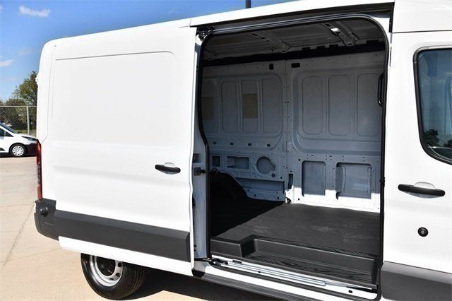 2018 Transit 250 Med Roof 4x2,  Empty Cargo Van #D0534 - photo 30