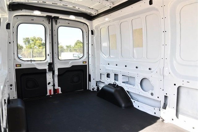 2018 Transit 250 Med Roof 4x2,  Empty Cargo Van #D0534 - photo 31