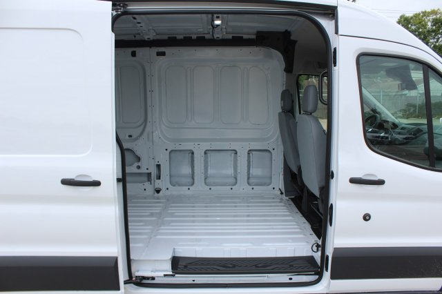 2018 Transit 250 Med Roof 4x2,  Empty Cargo Van #D0588 - photo 23