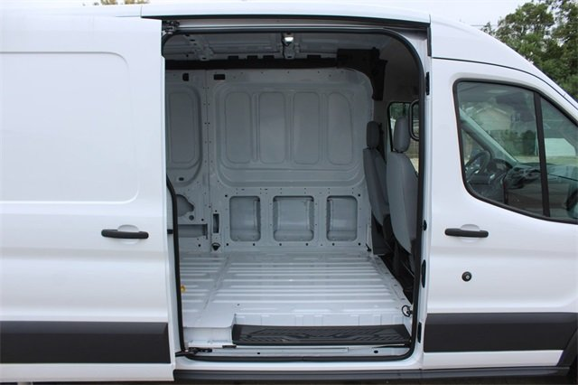 2018 Transit 250 Med Roof 4x2,  Empty Cargo Van #D0596 - photo 24