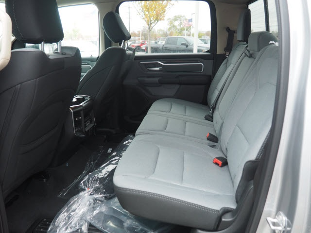 2019 Ram 1500 Crew Cab 4x4,  Pickup #BK0278 - photo 5