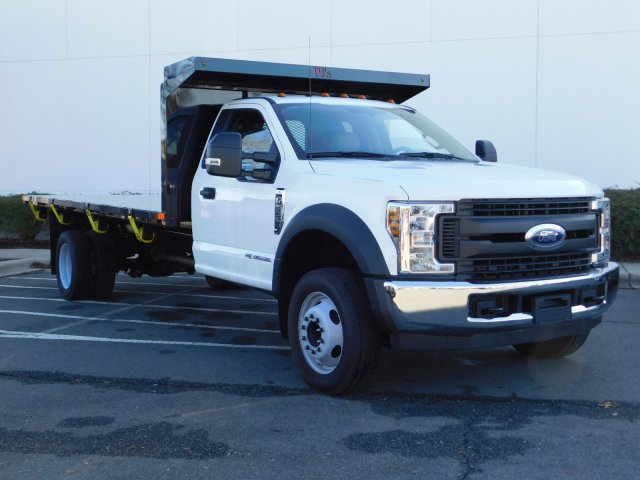2018 F-550 Regular Cab DRW 4x2,  PJ's Platform Body #T188164 - photo 3