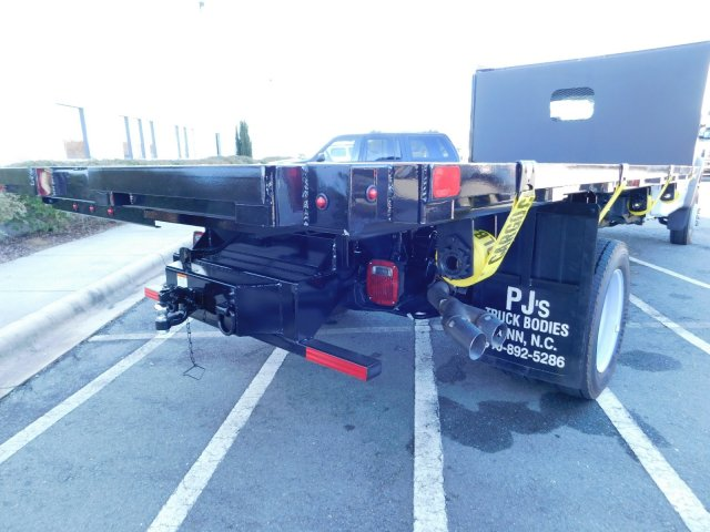 2018 F-550 Regular Cab DRW 4x2,  PJ's Platform Body #T188164 - photo 31