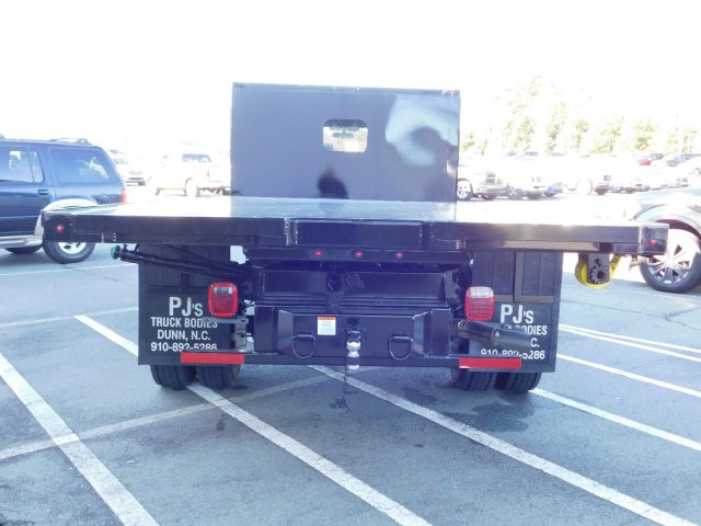 2018 F-550 Regular Cab DRW 4x2,  PJ's Platform Body #T188164 - photo 6