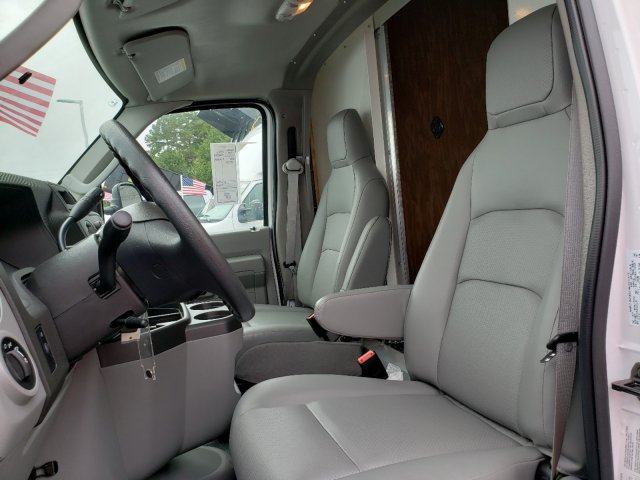 2019 E-350 4x2,  Rockport Cutaway Van #T196059 - photo 10