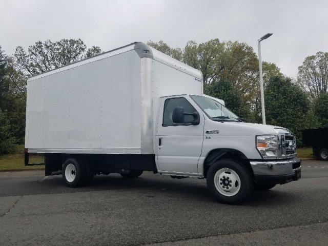 2019 E-350 4x2,  Rockport Cutaway Van #T196073 - photo 3