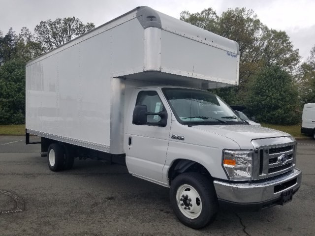 2019 E-450 4x2,  Rockport Cutaway Van #T196075 - photo 3