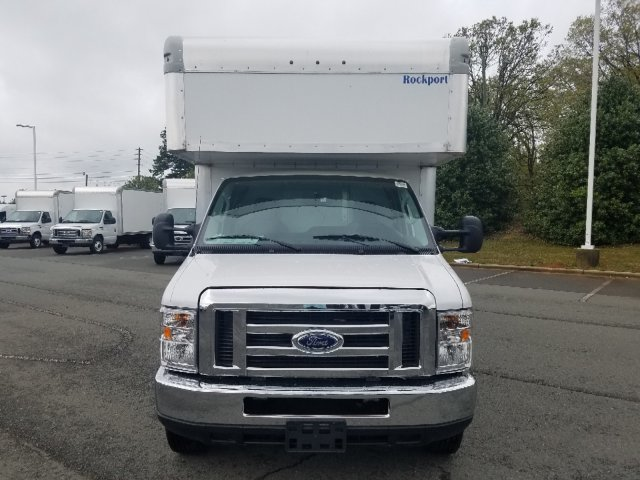 2019 E-450 4x2,  Rockport Cutaway Van #T196075 - photo 8