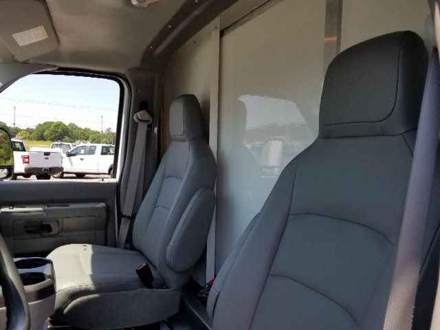2019 E-350 4x2,  Rockport Cutaway Van #T196081 - photo 13