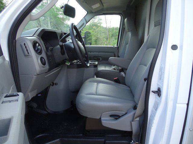 2019 E-450 4x2,  Rockport Cutaway Van #T196122 - photo 12