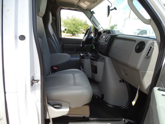 2019 E-450 4x2,  Rockport Cutaway Van #T196122 - photo 37