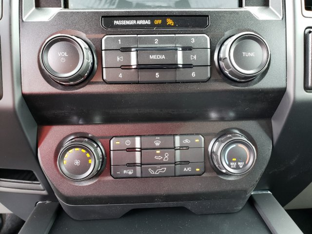 2019 F-150 SuperCrew Cab 4x4,  Pickup #T197115 - photo 21