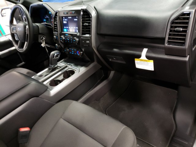 2019 F-150 SuperCrew Cab 4x4, Pickup #T197133 - photo 32