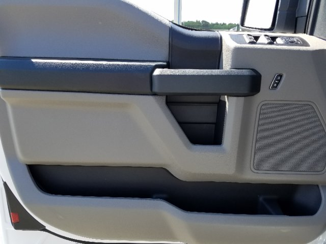 2019 F-150 Super Cab 4x2,  Pickup #T197159 - photo 11