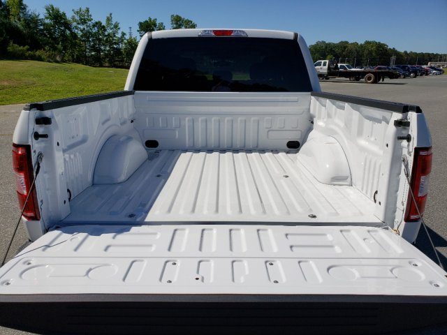 2019 F-150 SuperCrew Cab 4x4, Pickup #T197221 - photo 27