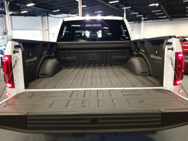2019 F-150 SuperCrew Cab 4x4, Pickup #T197324 - photo 26