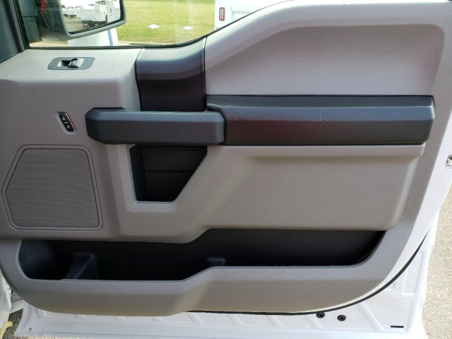 2019 F-150 SuperCrew Cab 4x2, Pickup #T197334 - photo 27