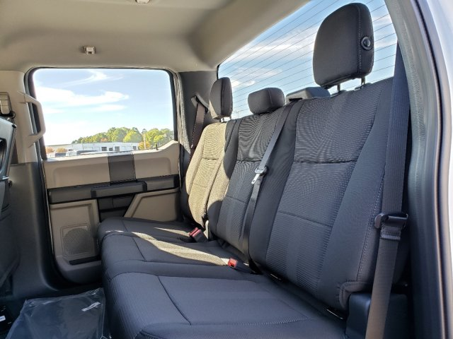 2019 F-150 SuperCrew Cab 4x4, Pickup #T197362 - photo 24
