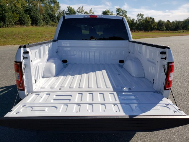 2019 F-150 SuperCrew Cab 4x4, Pickup #T197362 - photo 26