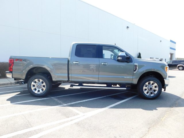 2019 F-250 Crew Cab 4x4,  Pickup #T198002 - photo 3
