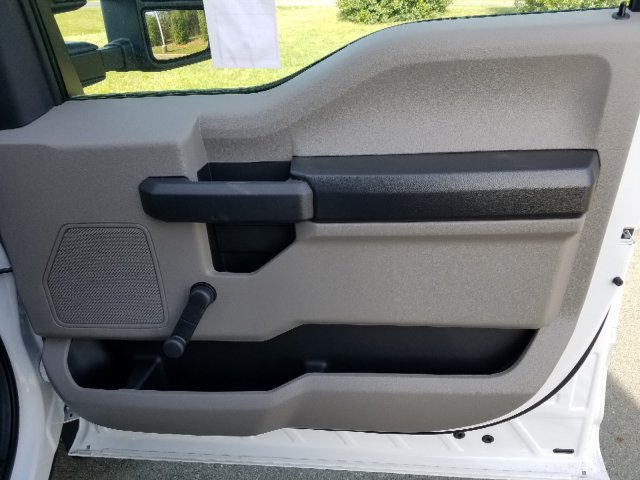 2019 F-450 Regular Cab DRW 4x2,  Cab Chassis #T198065 - photo 23