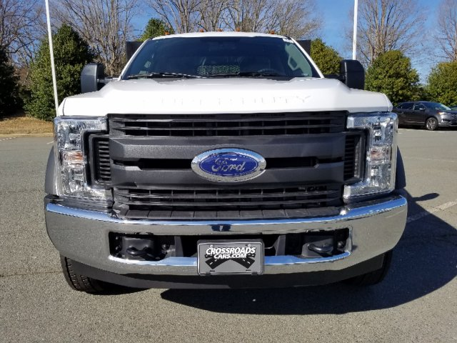 2019 F-450 Regular Cab DRW 4x2,  Double A Platform Body #T198067 - photo 8