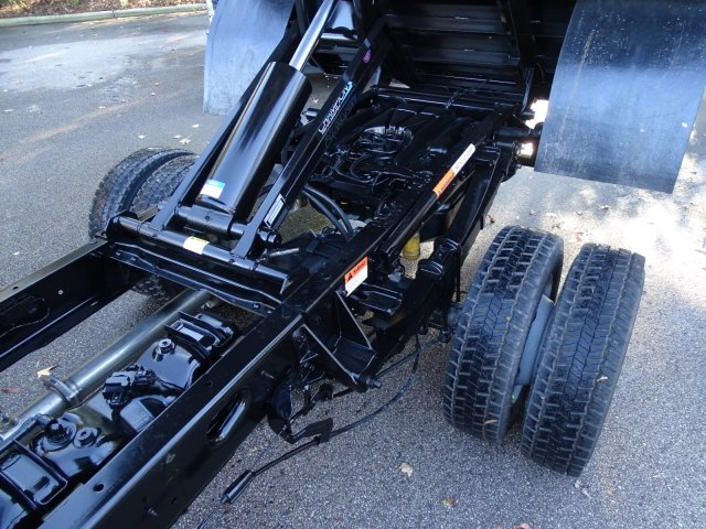 2019 F-450 Regular Cab DRW 4x2,  PJ's Platform Body #T198088 - photo 31