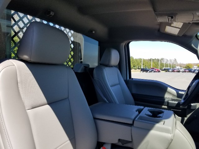 2019 F-550 Regular Cab DRW 4x2,  Platform Body #T198090 - photo 25