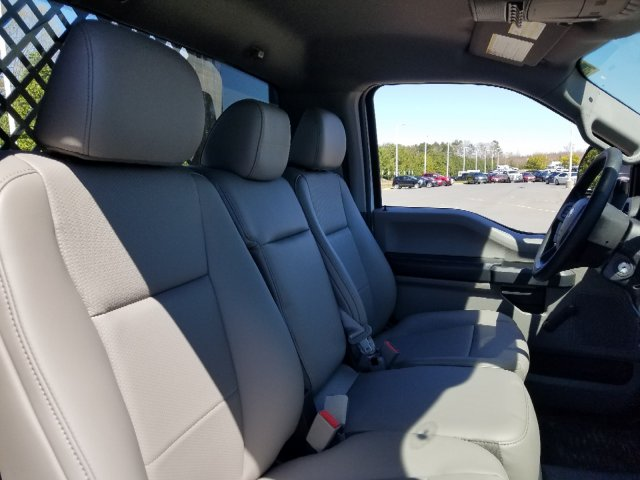 2019 F-550 Regular Cab DRW 4x2,  Platform Body #T198090 - photo 26