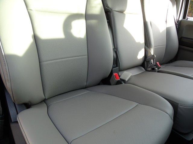 2019 F-550 Regular Cab DRW 4x2,  Cab Chassis #T198090 - photo 34