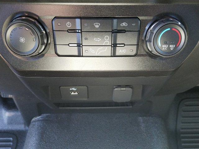2019 F-450 Regular Cab DRW 4x2,  Cab Chassis #T198106 - photo 21