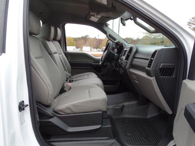 2019 F-450 Regular Cab DRW 4x2,  Cab Chassis #T198106 - photo 33