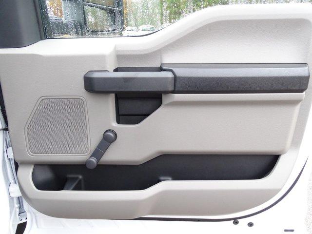 2019 F-450 Regular Cab DRW 4x2,  Cab Chassis #T198106 - photo 35