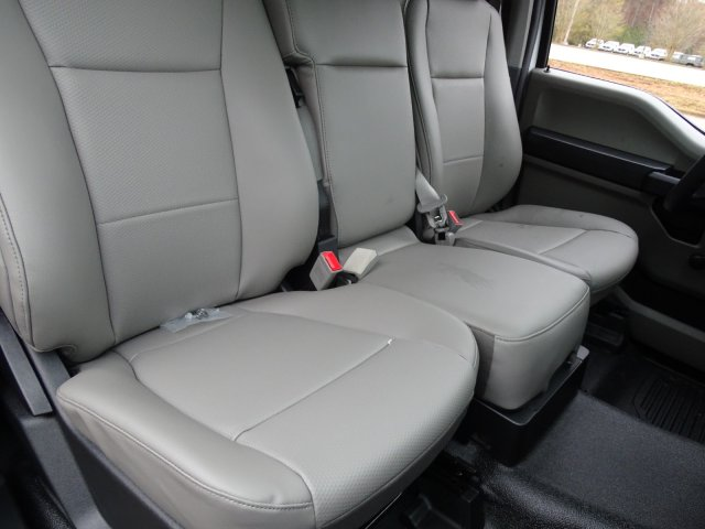2019 F-450 Regular Cab DRW 4x2,  Cab Chassis #T198106 - photo 37