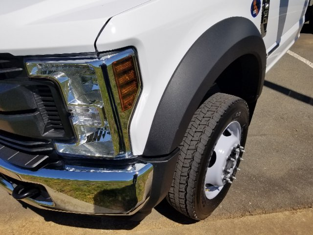 2019 F-450 Regular Cab DRW 4x2,  Cab Chassis #T198106 - photo 1