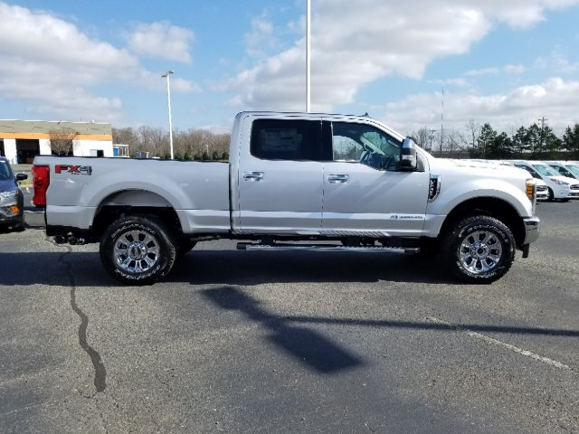 2019 F-250 Crew Cab 4x4,  Pickup #T198115 - photo 4