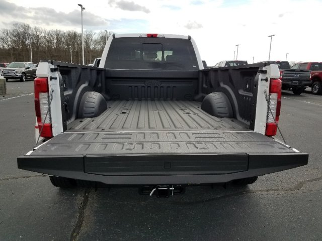 2019 F-450 Crew Cab DRW 4x4,  Pickup #T198130 - photo 30
