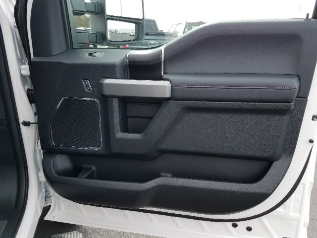 2019 F-450 Crew Cab DRW 4x4,  Pickup #T198130 - photo 33