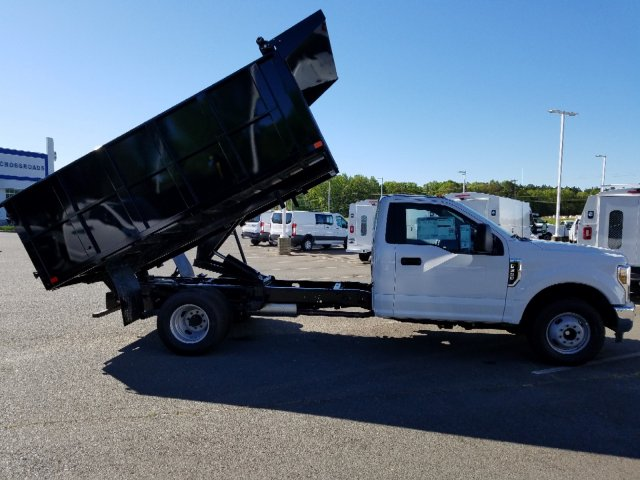 2019 F-350 Regular Cab DRW 4x2,  PJ's Landscape Dump #T198132 - photo 32