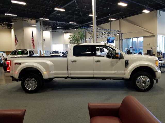 2019 F-450 Crew Cab DRW 4x4,  Pickup #T198135 - photo 4