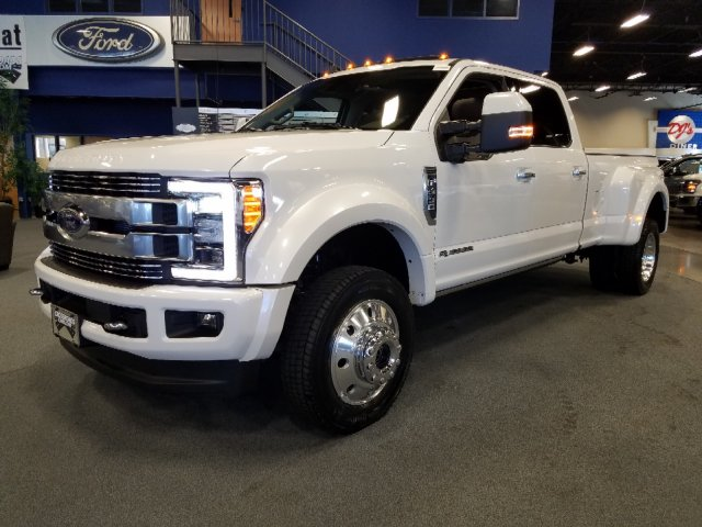 2019 F-450 Crew Cab DRW 4x4,  Pickup #T198135 - photo 1