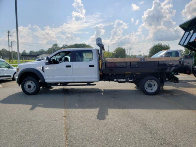 2019 F-450 Crew Cab DRW 4x2,  Dump Body #T198150 - photo 2