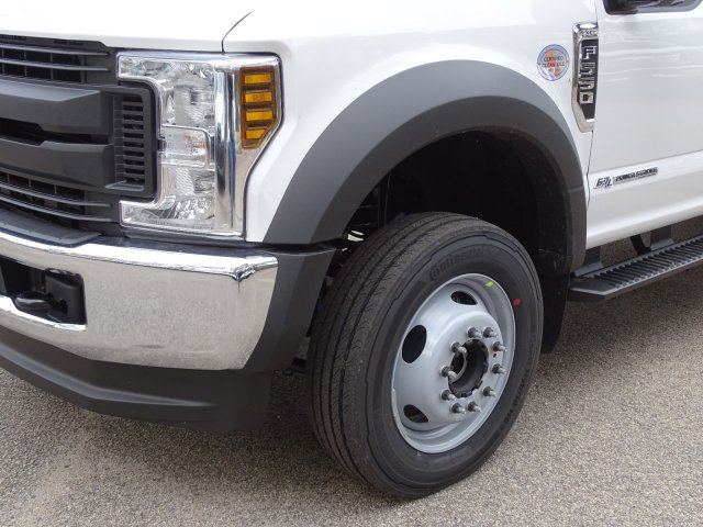 2019 F-550 Crew Cab DRW 4x4,  Reading SL Service Body #T198174 - photo 9